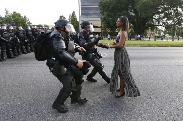 Taking a Stand In Baton Rouge - 2017 World Press Photo, Amsterdam, Netherlands - 09 Jul 2016